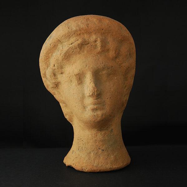 http://www.cb-gallery.com/produkt/etruskischer-votivkopf/