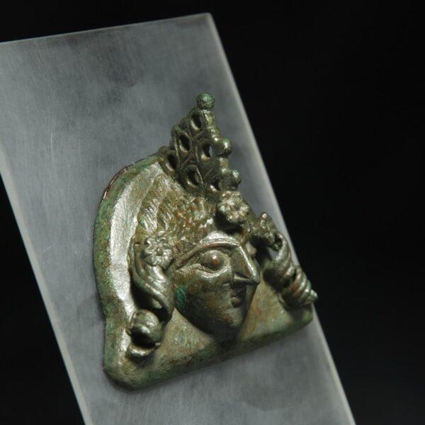 Lepontic Ornament