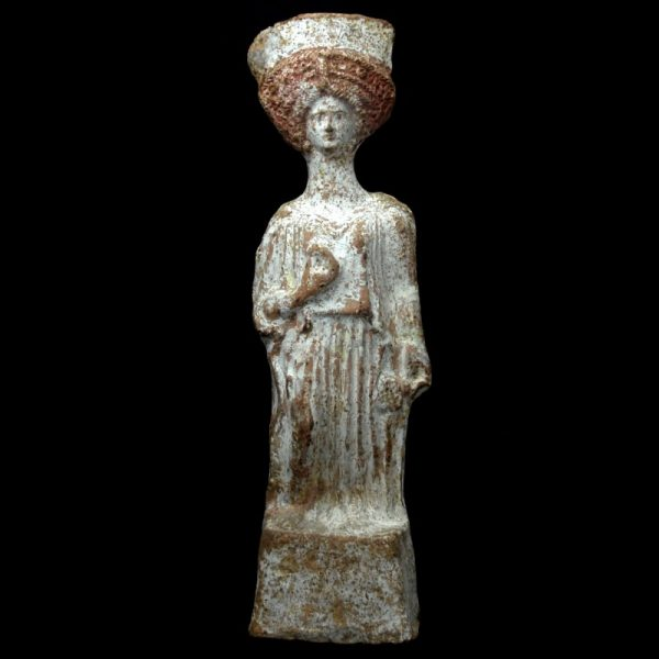 Boeotian Terracotta Statue of a Woman
