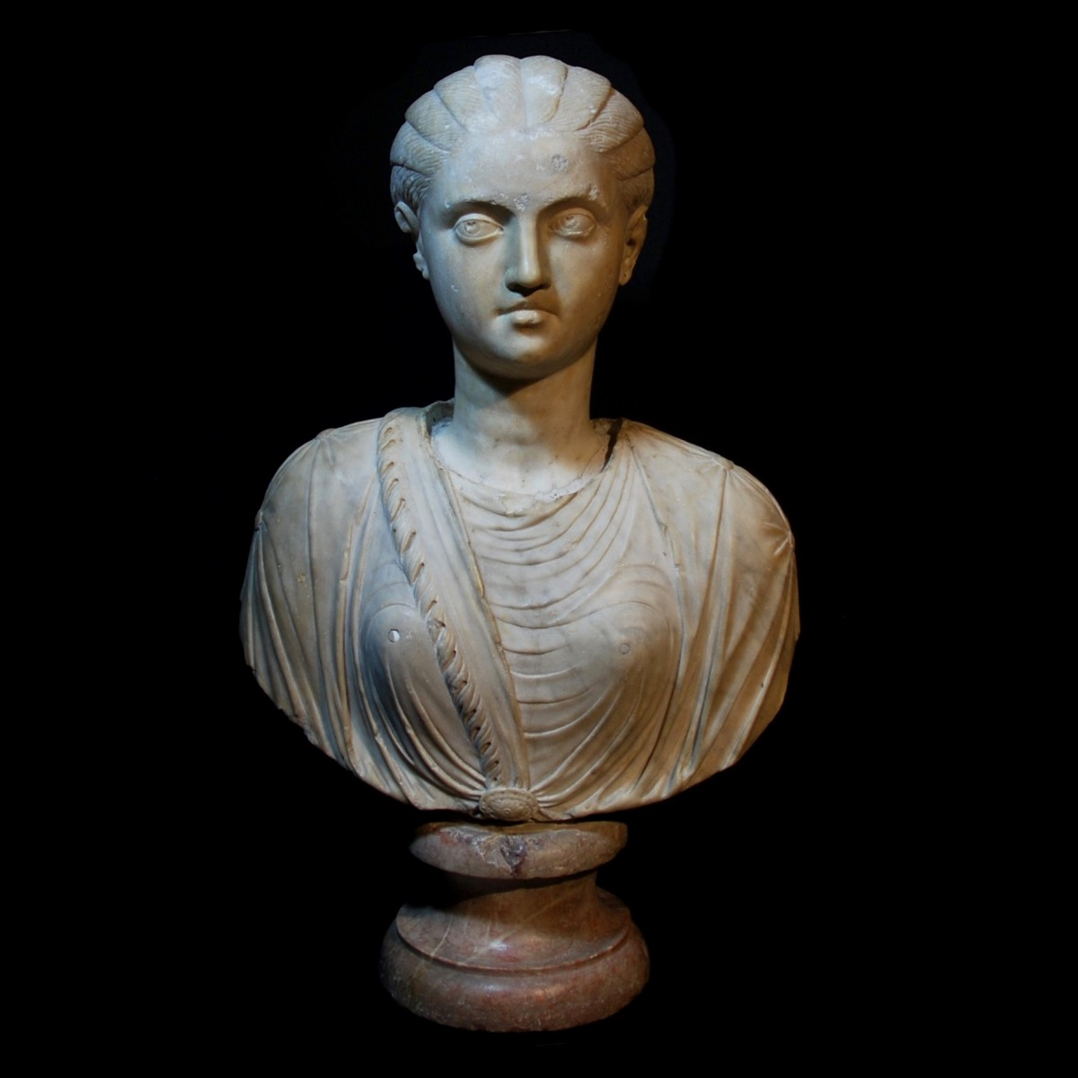 Roman marble bust of a gilr with the features of Fulvia Plautilla