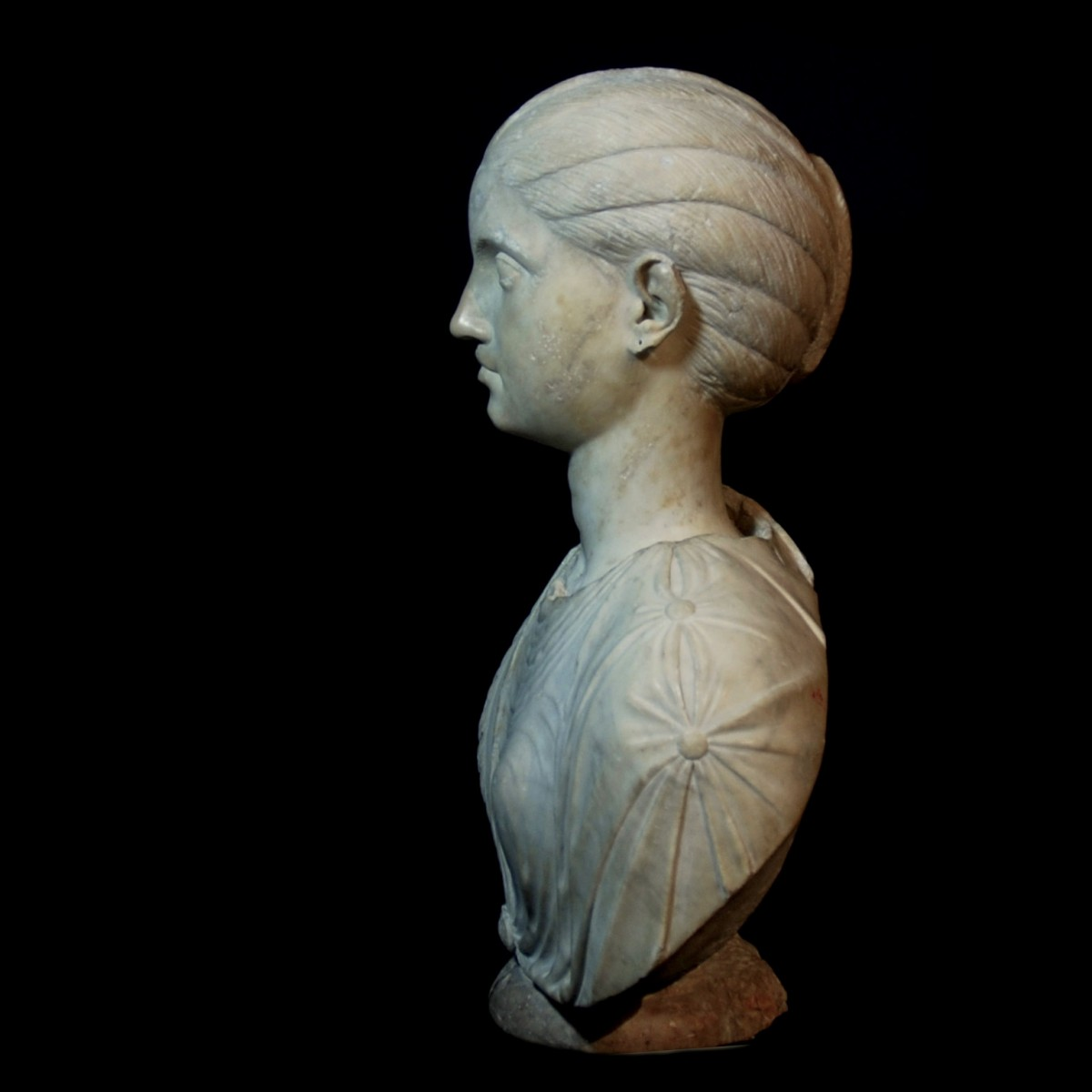 Roman marble bust of a girl Severan period left
