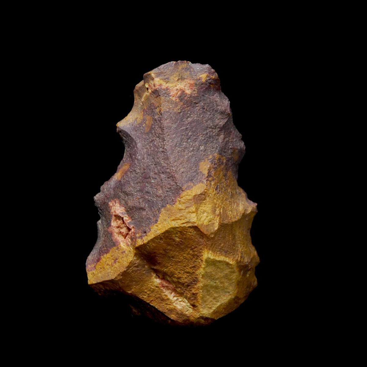Hand axe 7 x 4,8 cm