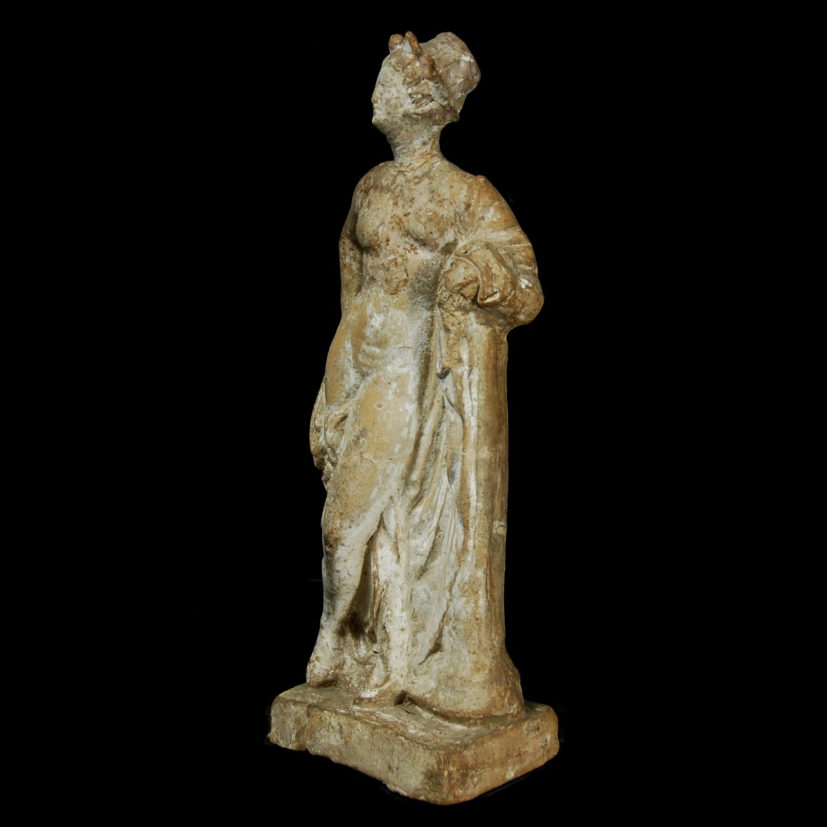 Hellenistic terracotta statue of aphrodite left
