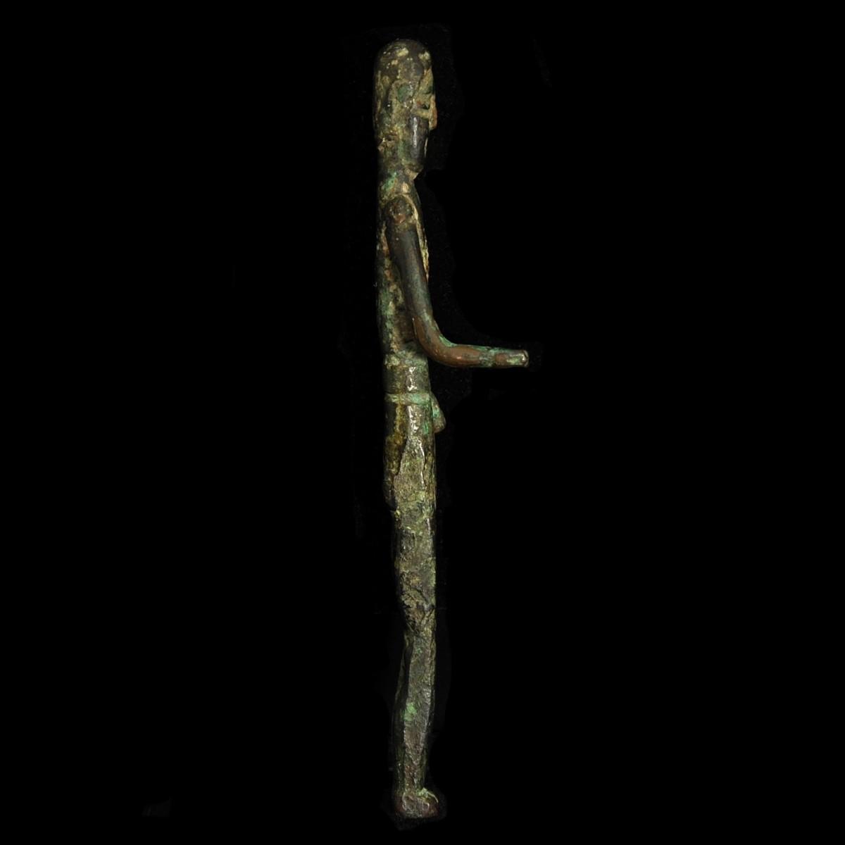 Etruscan votive figure right