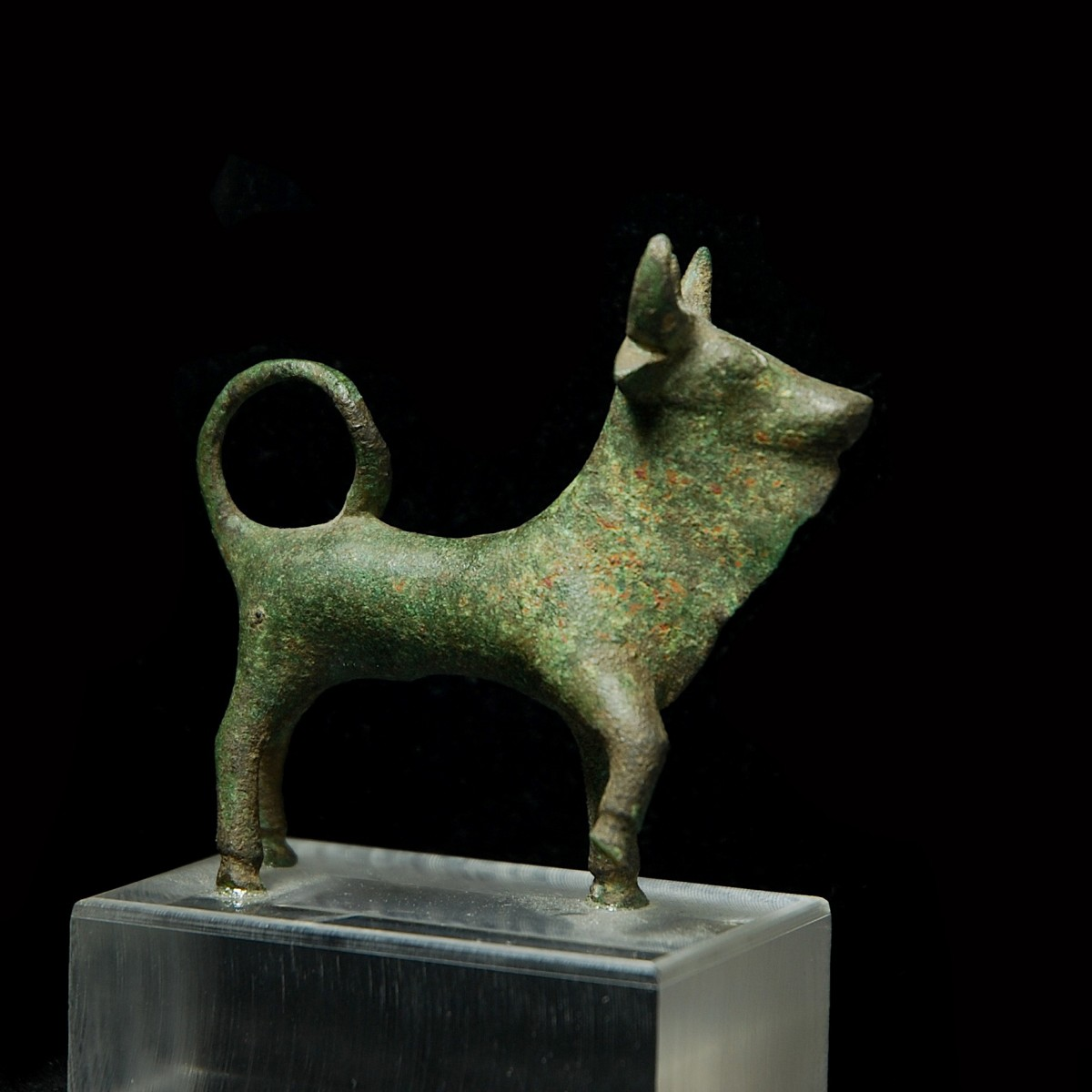 Bronze Statuette of Tarvus Trigaranus right