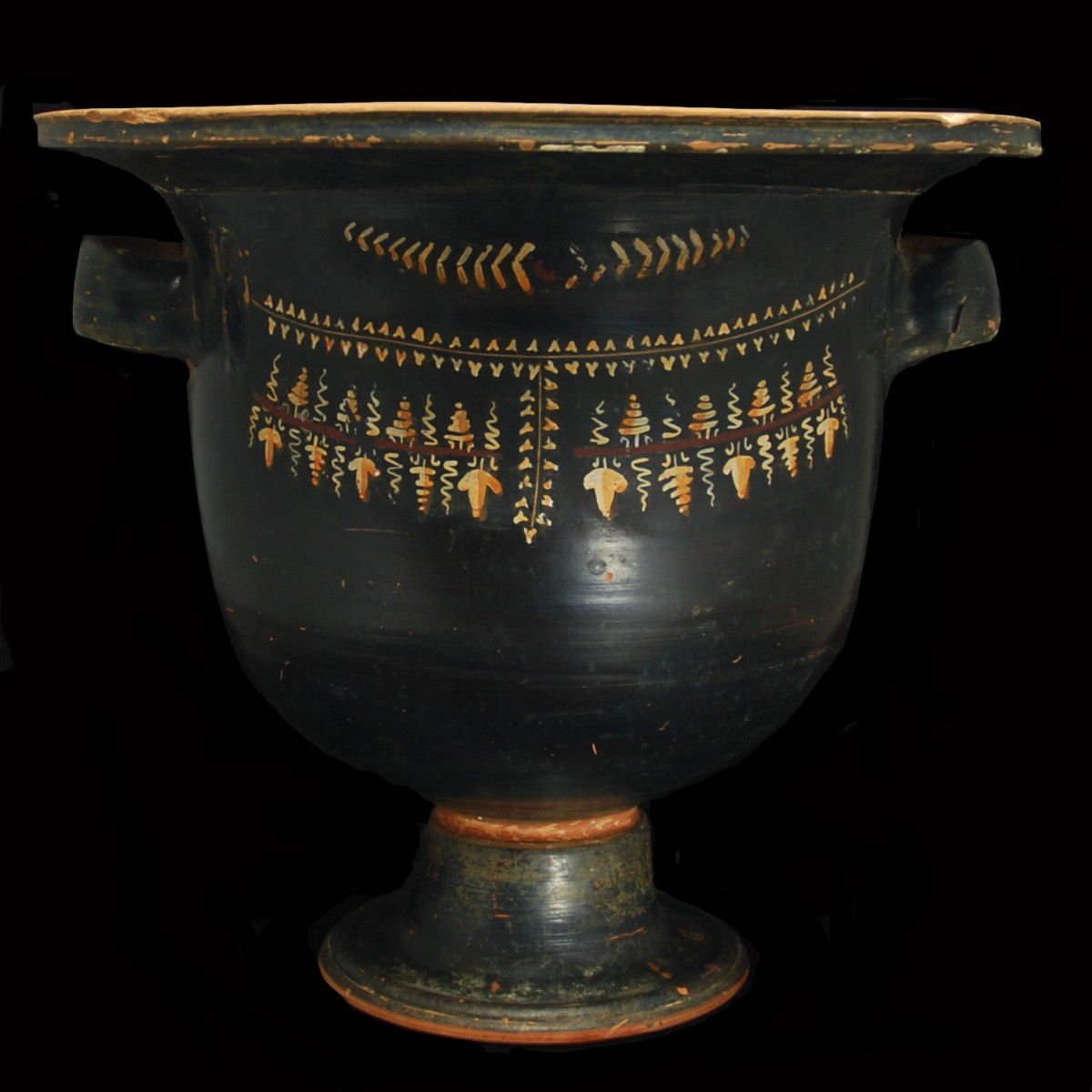Gnathia krater with bull back