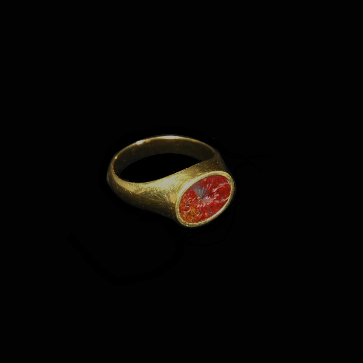 Goldring with Roman scorpion intaglio