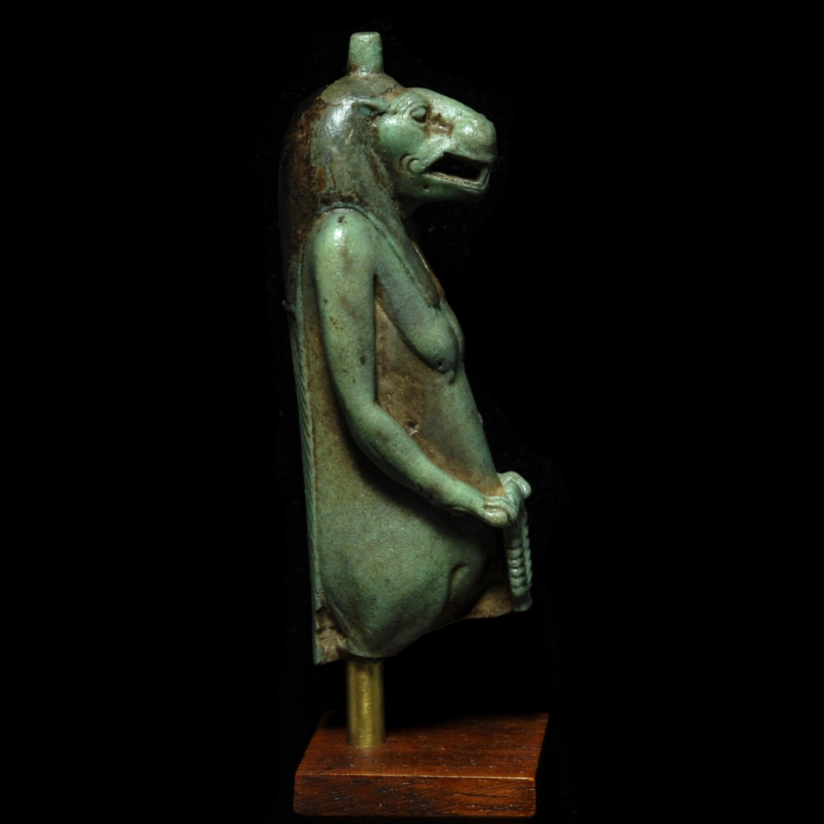 Faience amulet of Taweret right