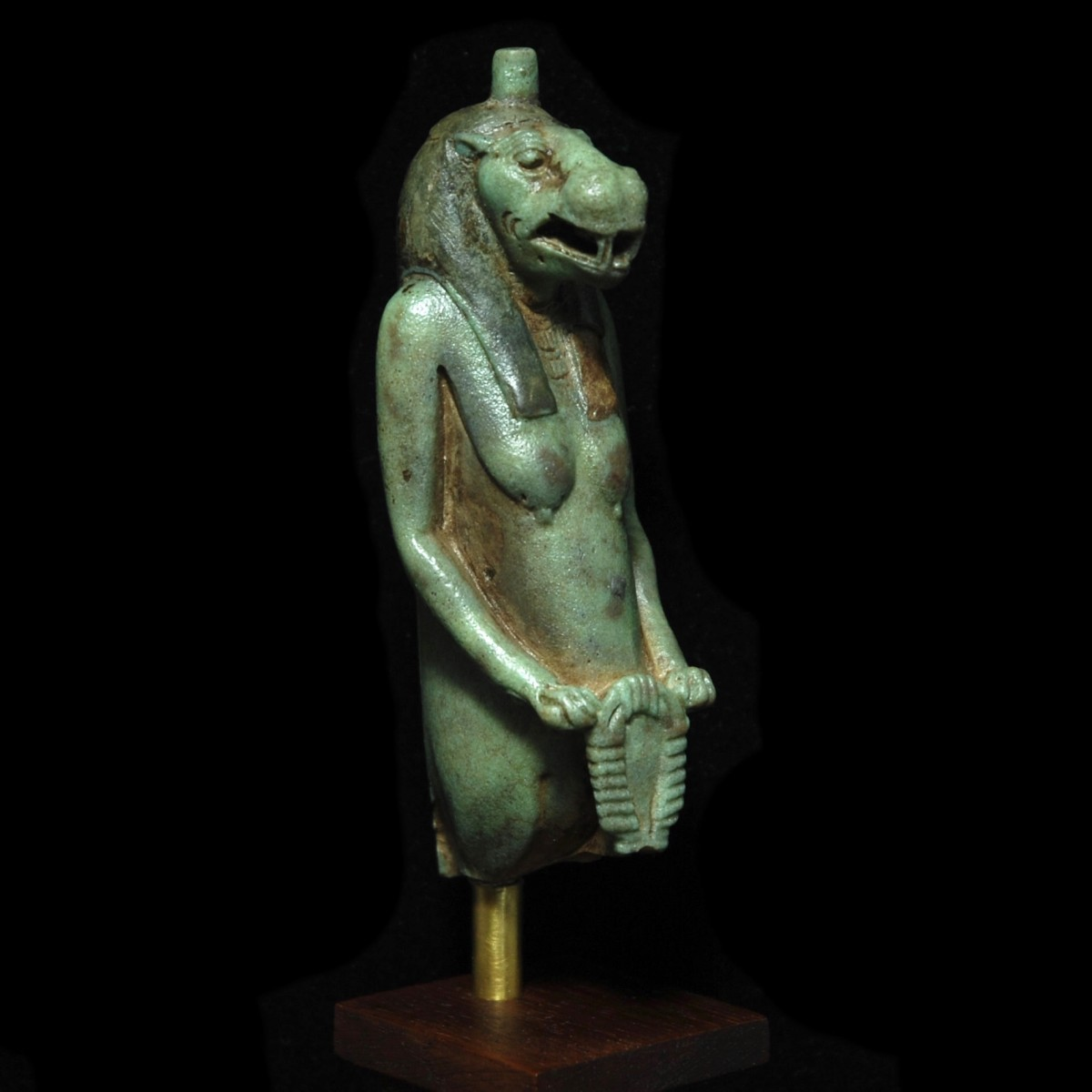 Faience statue of Taweret half right