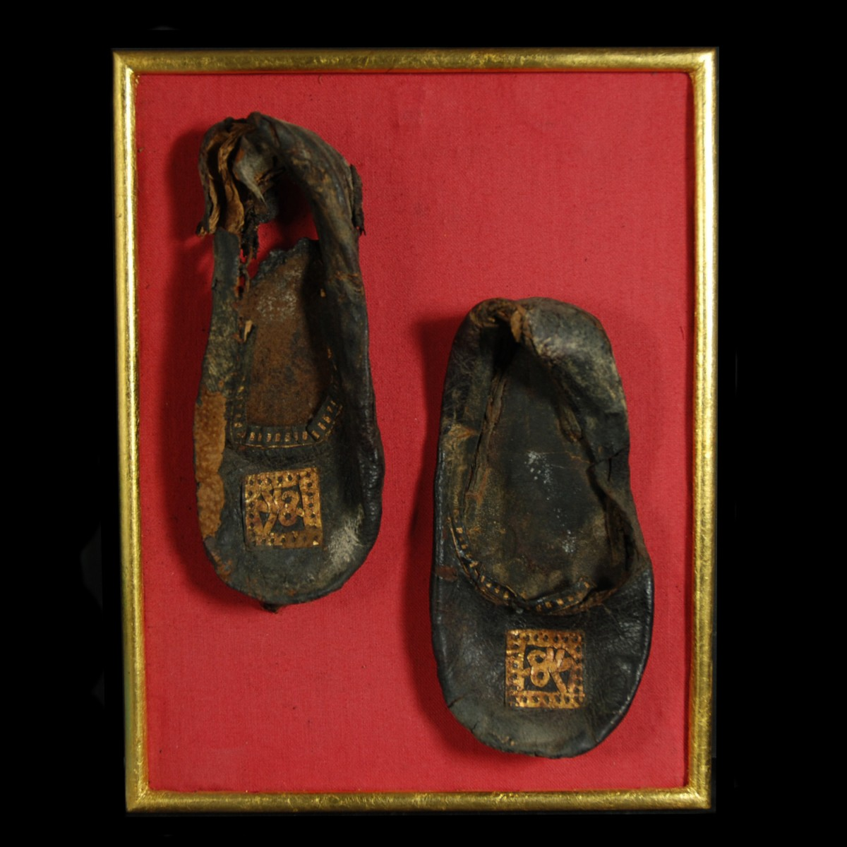Coptic leather shoes with gilding front