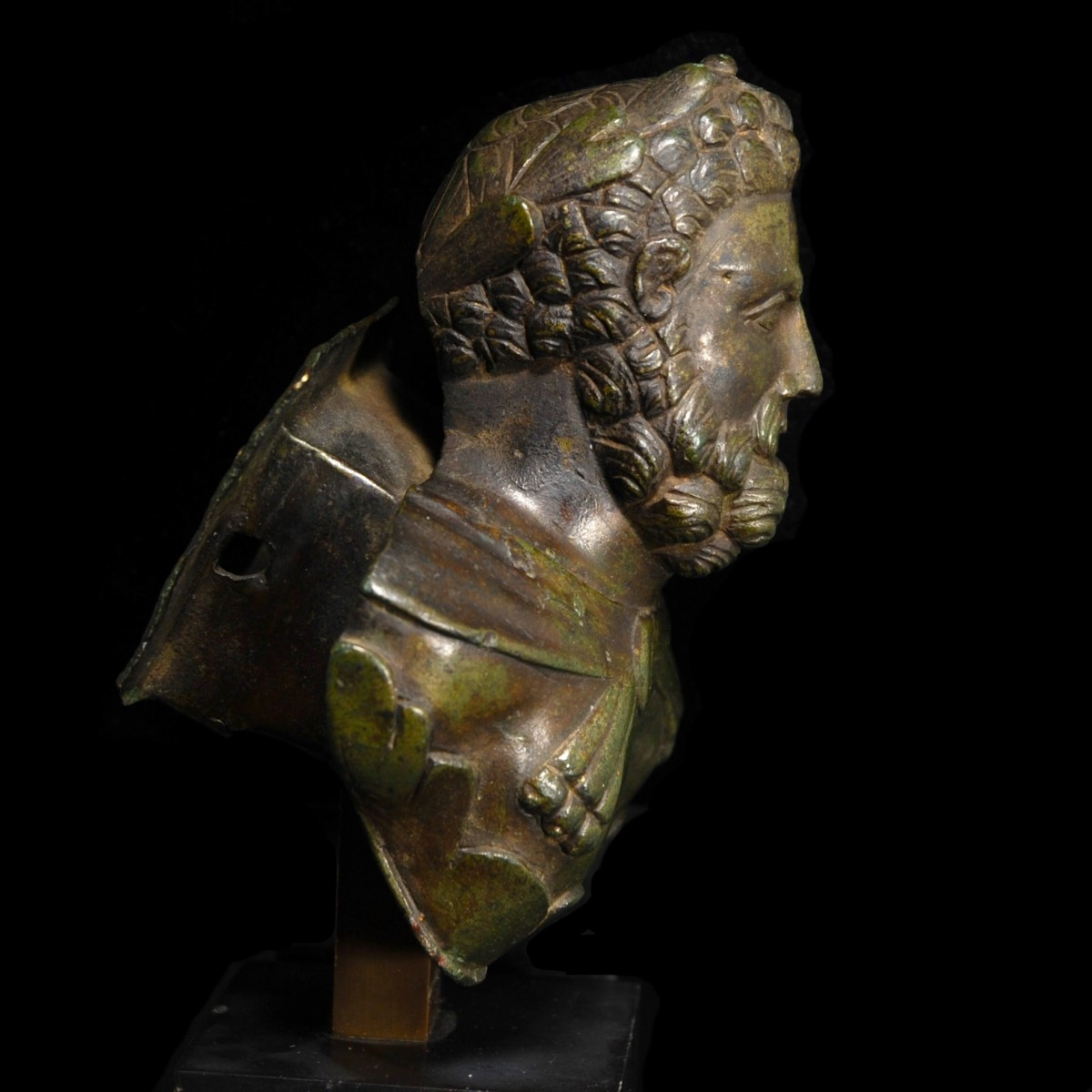Roman Bronze bust of Hercules right