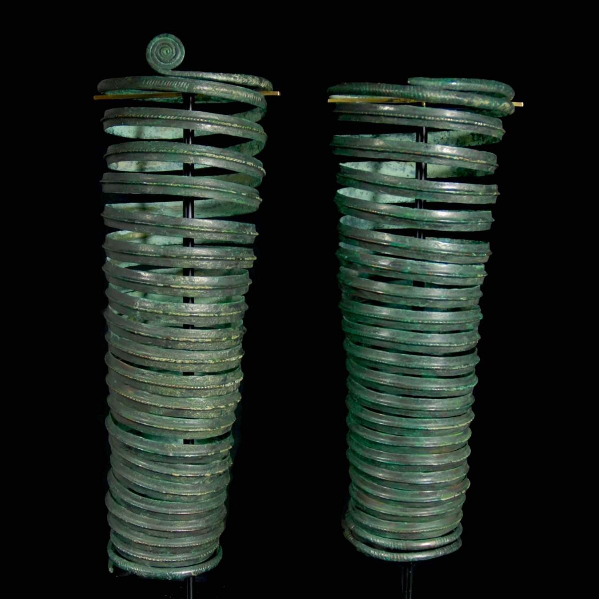A pair of Bronze age arm spirals