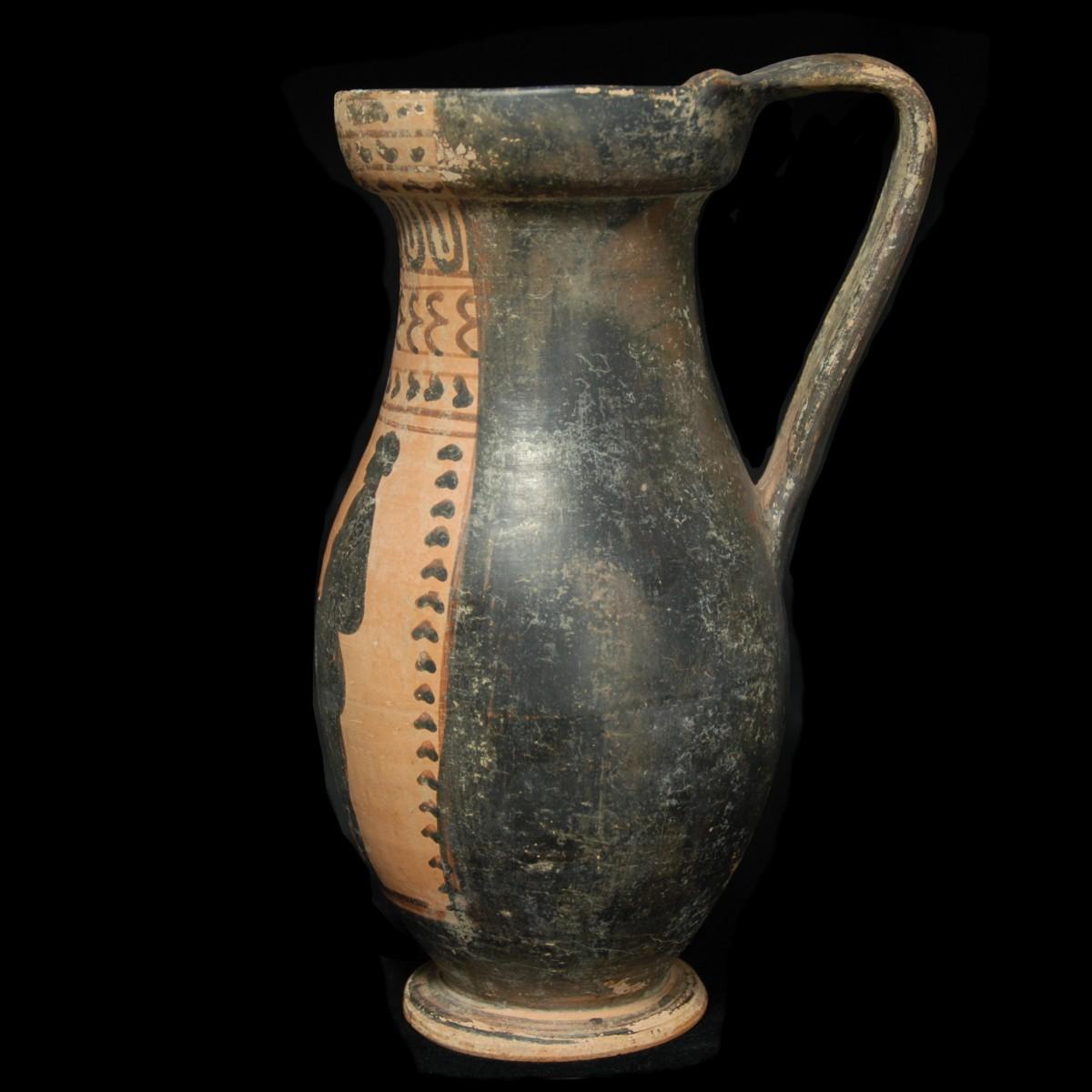Etruscan black-figured Olpe left