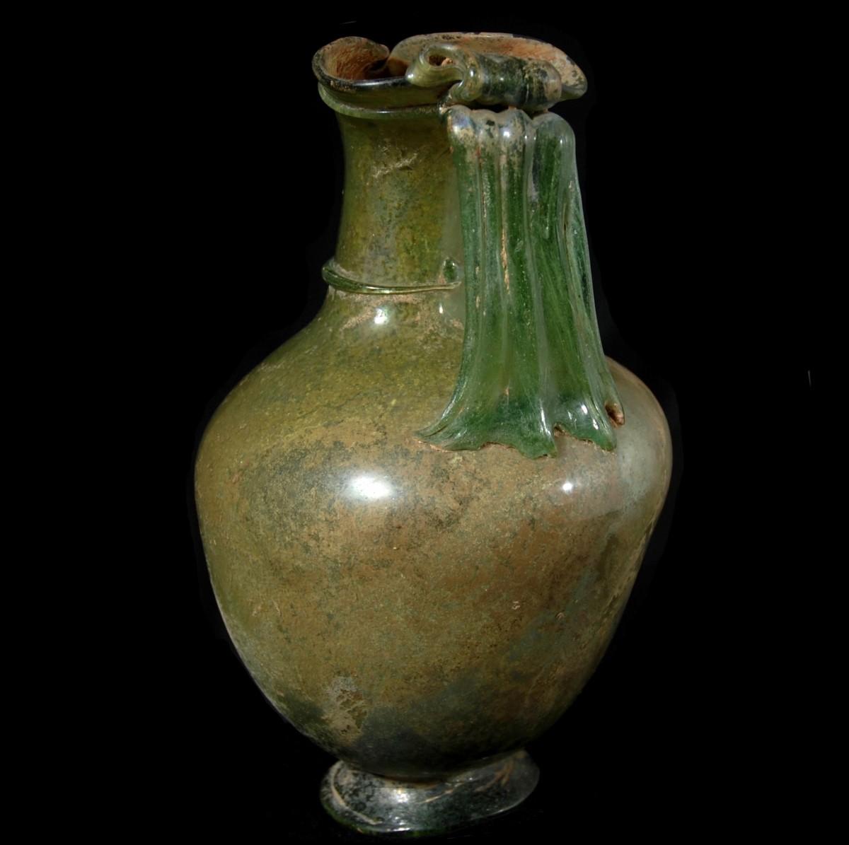Large Roman glass oinochoe handle