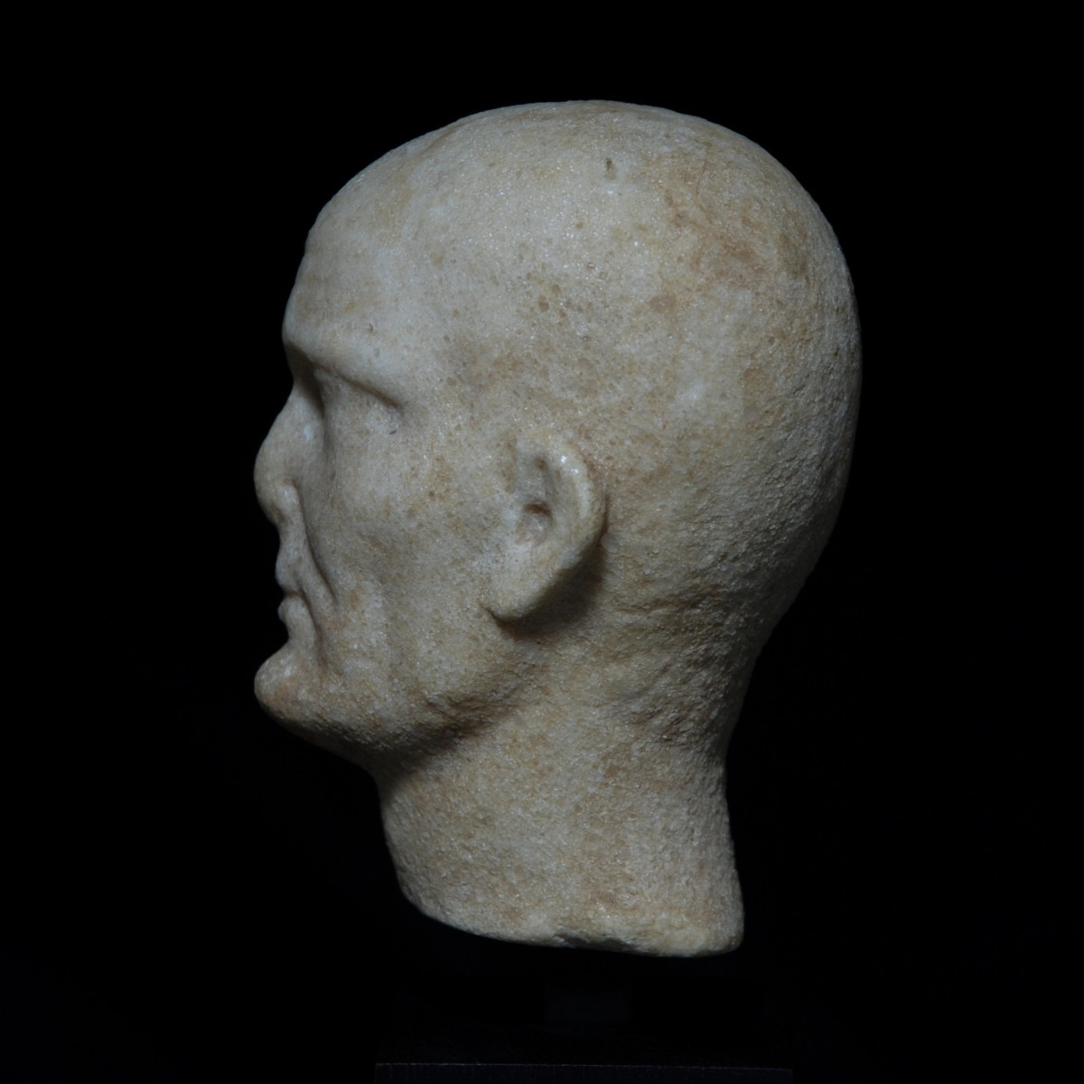 Roman Republican marble head of a noble man left